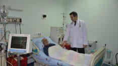 """Prof. Dr. İdris Şahin, """"İnsanların kullandığı gereksiz ağrı kesiciler böbreği bozmaktadır."""